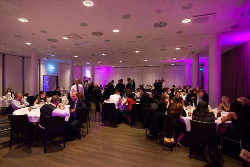 saal mit ambiente light